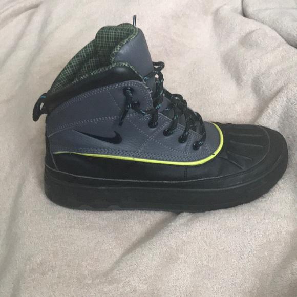 Nike ACG Shoes   Kids Nike Boots   Poshmark